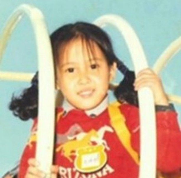 Cho Yeo-jeong as a child